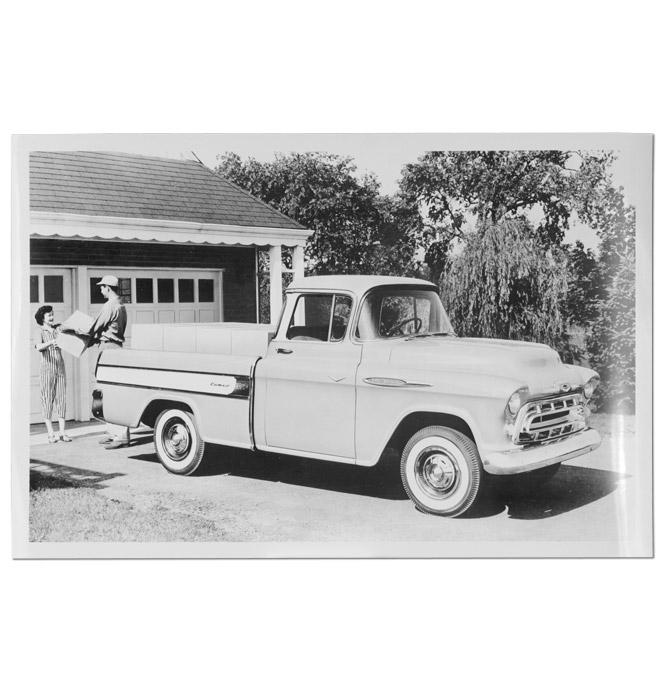 (1957)  Truck Photo - Cameo Pickup
