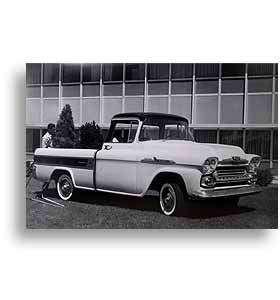 (1958)  Truck Photo - Cameo - 3/4 Front View