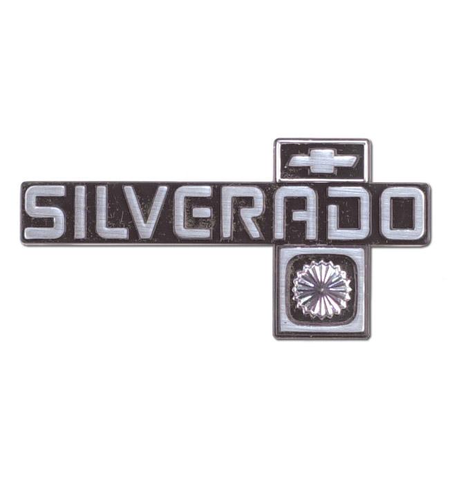 (1981-88  Dash Panel Emblem-Silverado