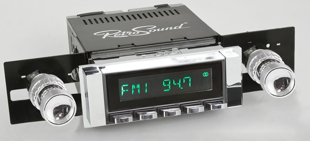 (1964-66) Retro Radio - Long Beach