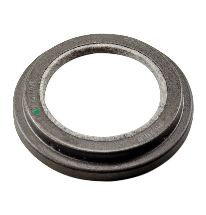 (1960-62)  Grease Seal-3/4 & 1 Ton, Front